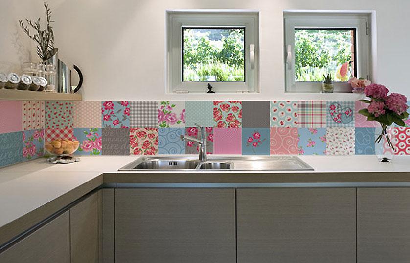 cozinha-com-adesivos-de-azulejos