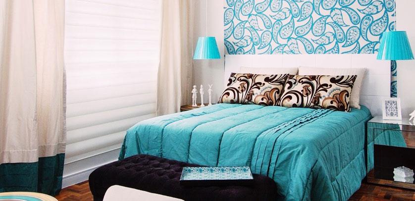 quarto com detalhes azul