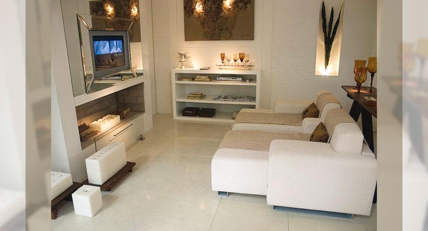 Decoracao Sala Pequena Zen ~ Invista também em tapetes e passadeiras em tons claros e sem muitos