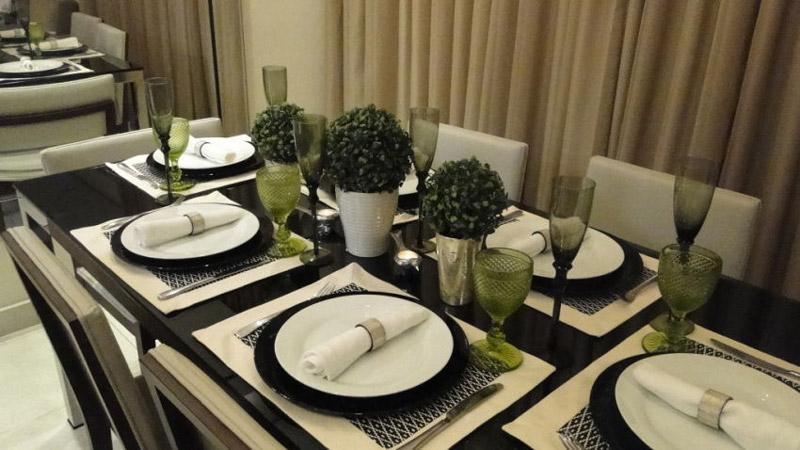 decoração de jantar pratos