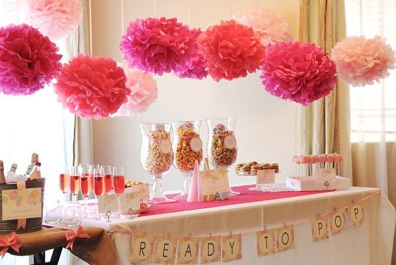 Flores e Pompons para festas