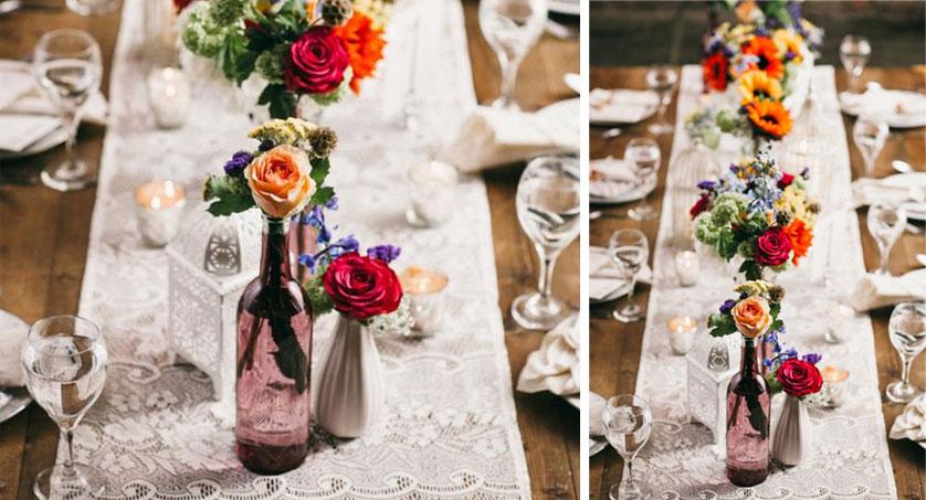 mesa de jantar com flores coloridas
