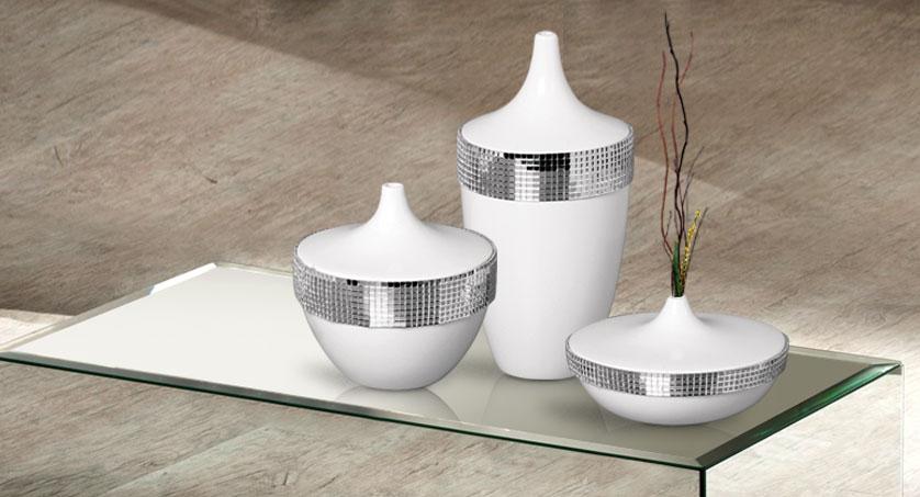 trio de vasos branco com espelhos