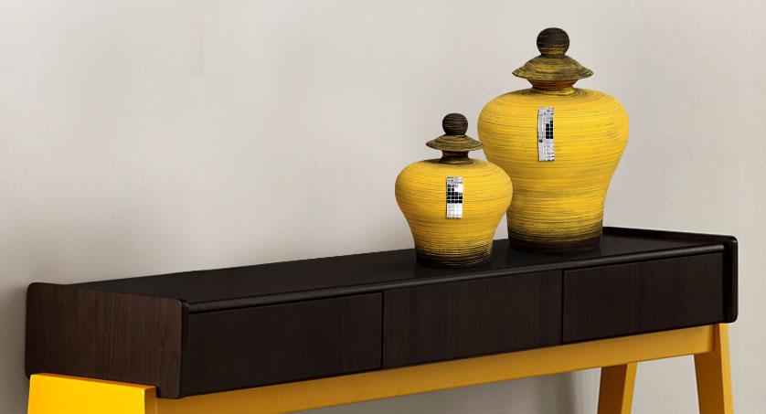 par de vasos espelhados amarelo