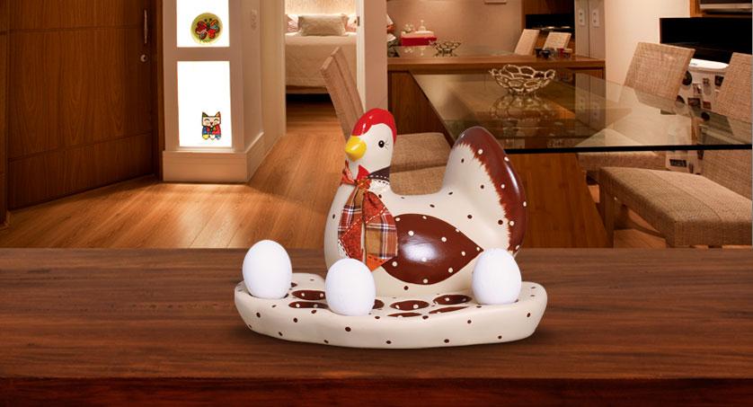 3-porta-ovos-galinha-marrom